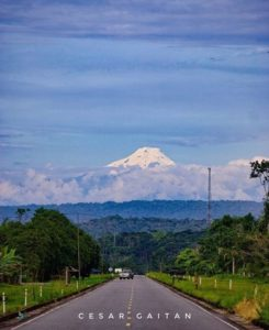 VOLCÁN CAYAMBE VISTO DESDE LAGO AGRIO  By : @gcesarbmx  #VolcánCayambe #EcuadorPotenciaTuristica #EcuadorIsAllyouNeed #EcuadorTuristico #EcuadorAmaLavida #EcuadorPrimero #Ecuador #SoClose #LikeNoWhereElse #ViajaPrimeroEcuador #AllInOnePlace #AllYouNeedIsEcuador #PaisajesEcuador #PaisajesEcuador593 #FeelAgainInEcuador #Love #Nature_Wizards #Nature_Perfections #Wow_America #World_Shots #WorldCaptures