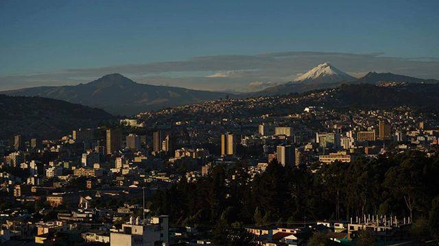 Foto Destacada por: @vizcosnm | Verano #quito #ecuador #coto #cotopaxi