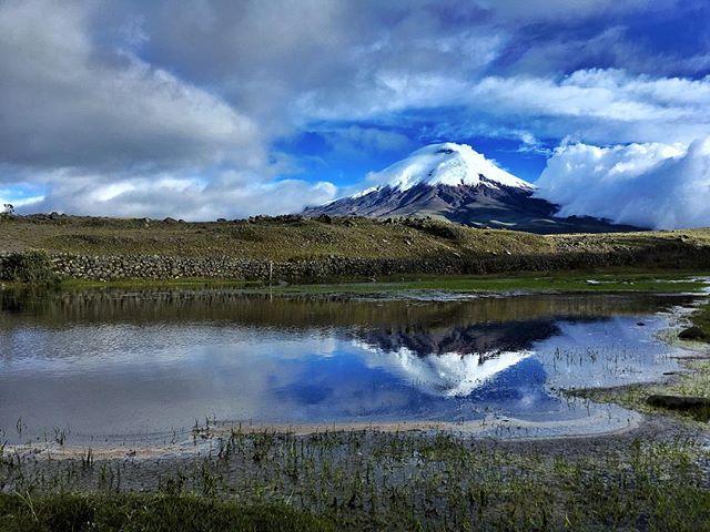 Cotopaxi Foto Destacada por: @traveling_ecuador | [ • about the pic • ] Cotopaxiis an activestratovolcanoin theAn...
