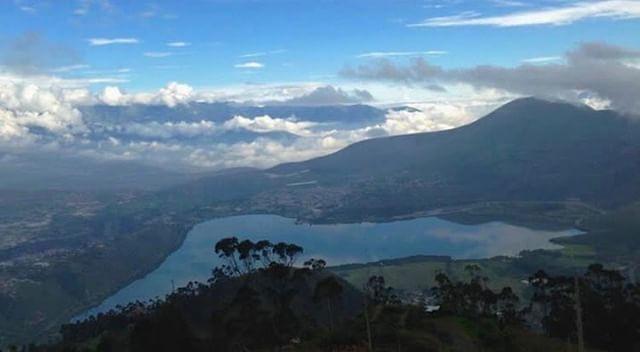 LAGO SAN PABLO - IMBABURA  By : @jarvinsam  #LagoSanPablo #Provinci...