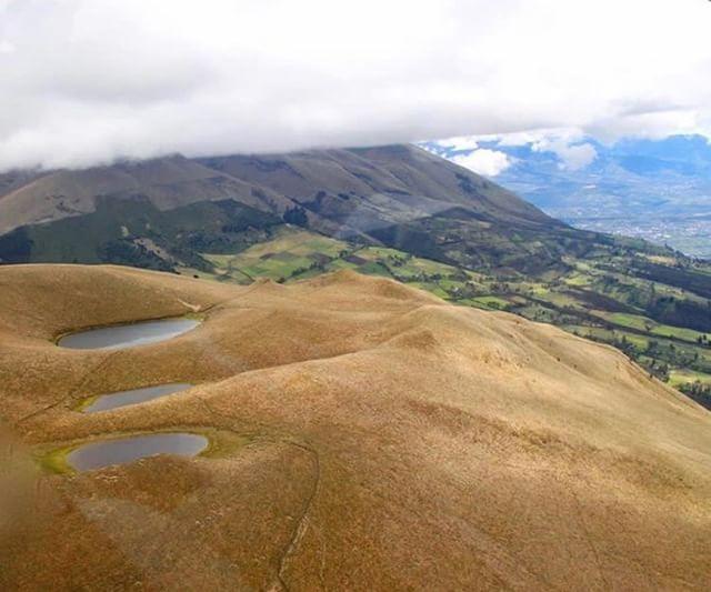 CERRO CUBILCHE - IMBABURA By : @annaarteagaphotography #CerroCubi...