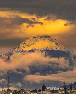 VOLCÁN TUNGURAHUA  By : @antonio_toapaxi  #Tungurahua #ProvinciaDeT…