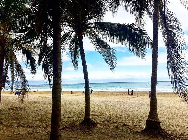 Playa Murcielago. Manta Foto Destacada por: @crazytraveller77 | Manta, Ecuador. #allyouneedisecuador #photography #insta #crazytrav...