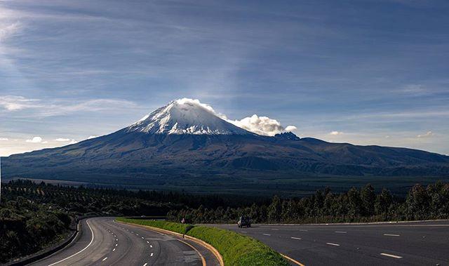 Chasqui, Cotopaxi, Ecuador Foto Destacada por: @cmedinan | Cotopaxi... Simplemente maravilloso . . . #EcuadorPotenciaTuristica...