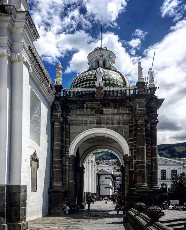 LA CATEDRAL - CENTRO HISTÓRICO DE QUITO - PICHINCHA  By : @agnes_w2...