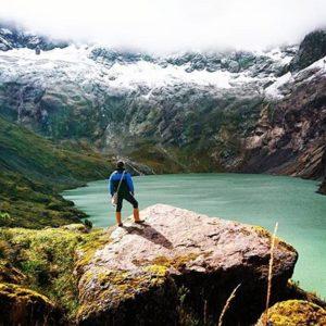 El Altar, Chimborazo, Ecuador Foto Destacada por: @edygabrielgg | La laguna amarilla aunque en realidad es de un tono verdoso, una ma...