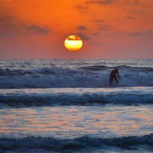 Olón, Guayas, Ecuador Foto Destacada por: @chasta17 | Follow the ocean 🌊