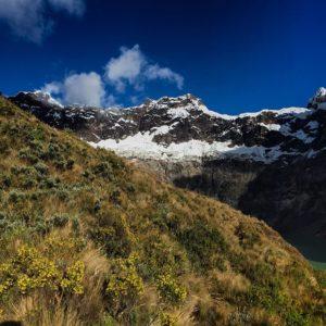 El Altar, Chimborazo, Ecuador Foto Destacada por: @cristian_andres_villalba | El Encantador Altar y su Laguna Amarilla !!!! Ecuador un pequeño pa…