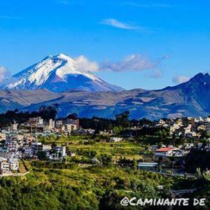Quito, Ecuador Foto Destacada por: @caminante.de.montes | Quito hija de quebradas y volcanes.  #quito #quitocity #uio #andes ...