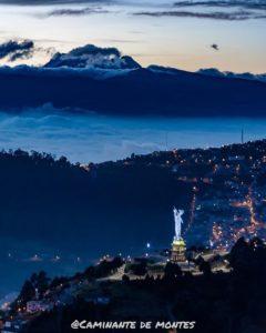 Cerro Panecillo Foto Destacada por: @caminante.de.montes | El Yavirac y el Antisana al amanecer. Quito, Ecuador.  #quito #quit…