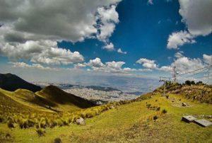 TELEFÉRICO QUITO – PICHINCHA  By: @kebiin_bo  #Quito #Prov