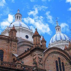 CATEDRAL DE CUENCA - PROVINCIA DE AZUAY  By: @gabo.vergara.p