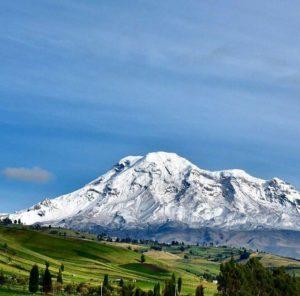 Desde San Juan, en Chimborazo. . . By: @Juan Elias Castillo  #FotografiandoEcuador #e
