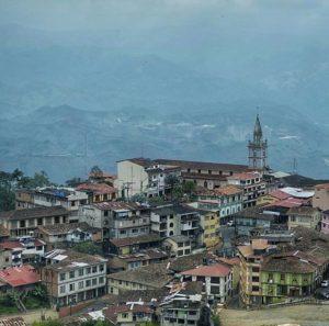 Zaruma.  Foto: @chrislandfotografia  #FotografiandoEcuador #ecuadorpotenciaturística