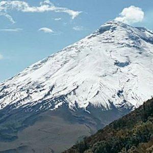 Cotopaxi visto desde el Rumiñahui.  Foto: @jc2499  #FotografiandoEcuador #ecuadorpote