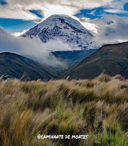 Chimborazo Province  VOLCÁN CHIMBORAZO – PROVINCIA DE CHIMBORAZO  By: @caminante.de.montes  #Chimborazo #