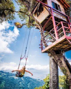 Baños, Tungurahua, Ecuador  COLUMPIO AL FIN DEL MUNDO – BAÑOS – PROVINCIA DE TUNGURAHUA  By: @alexouthwaite  #Ba