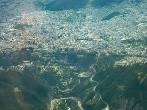 Quito en el 2008.  Foto: @flytouio  #FotografiandoEcuador #ecuadorpotenciaturística #
