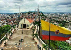 Vista de Guayaquiñ desde el Faro de la s Peñas.  Foto: @xiomara593  #FotografiandoEcu