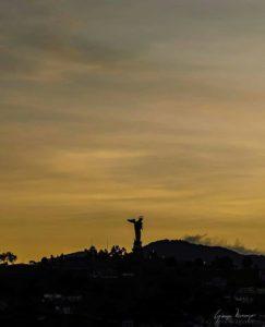 El Panecillo, Quito.  Foto: @georgecooll  #FotografiandoEcuador #ecuadorpotenciaturís