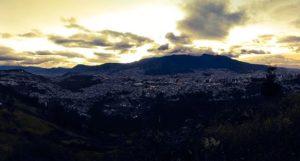 Sangolquí, Pichincha, Ecuador Carita de Dios.  #Ecuador #quito #paisajesecuador #paisajesecuador593 #mitaddelmundo