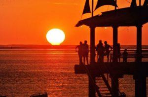 18h16 San Vicente /Manabí/ Ecuador #sunset #ecuador #ecuadornosinspira #colores #pais