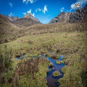 Cajas National Park te muestra una maravilla de Ecuador ------------------------------------ Photographer