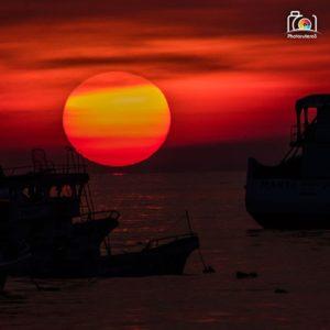 Puerto López te muestra una puesta de sol única ———————————— Photographer: