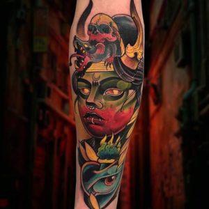 La Catedral UIO Este tatuaje lo realicé en la @expotatuajemedellin  Muchas gracias a todos por la aco