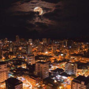 Quito, Ecuador  QUITO NOCTURNO  #Quito #ProvinciaDePichincha #EcuadorEnTusOjos #EcuadorPotenciaTuris