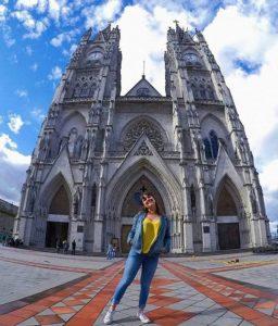 Basílica del Voto Nacional, Quito.  Foto: @angeandlyn  #FotografiandoEcuador #ecuador