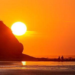 Sunsets de verano #manta #sanmateo #manabisurfspots #manabi #ecuadorentusojos #ecuado