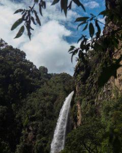 Cascada Cóndor Machay  CASCADA CONDOR MACHAY – SANGOLQUÍ – PROVINCIA DE PICHINCHA  #Sangolquí #CondorMachay