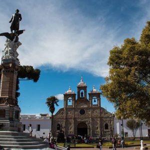 Riobamba  Parque Maldonado Riobamba Este Parque que se encuentra en el Centro Histórico de la