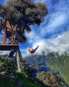Baños, Tungurahua, Ecuador  COLUMPIO AL FIN DEL MUNDO – BAÑOS – PROVINCIA DE TUNGURAHUA  #Baños #ProvinciaDeTung