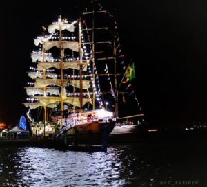 Guayaquil, Ecuador Tour 'Velas Latinoamérica'  #BuqueEscuelaGuayas  #CisneBlanco #GuayaquilATodaVela 📍Ma