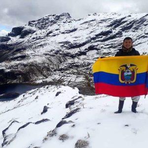 Desde la cumbre del Altar #elAltar #lagunanegra #Ecuador #EcuadorPotenciaTuristic...