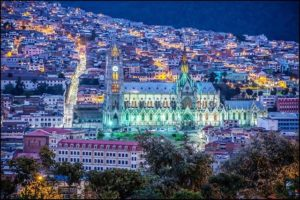Quito, Ecuador BASÍLICA DEL VOTO NACIONAL – QUITO – PROVINCIA DE PICHINCHA 📸: @alanfalcony  #Quito #